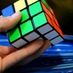 Как собрать кубик Рубика за 0,38 секунды